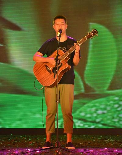 南京 > 正文        森林音乐狂欢季,打造大型户外音乐节