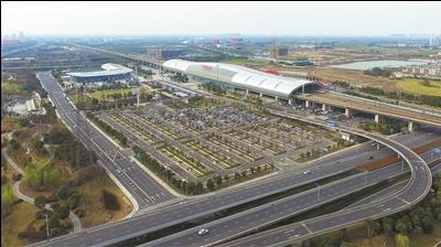 常州高铁北站已引入海绵城市设计理念建成生态停车场