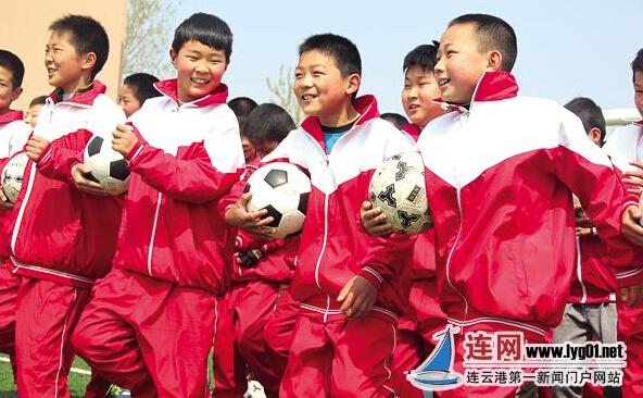 我的足球梦绘画图片大全_我的足球梦绘画图片